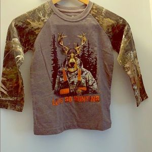 Youth Hunting Raglan long sleeve Camo Tee